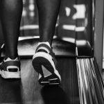 Køb et løbebånd til hjemmebrug og hold dig i form året rundt